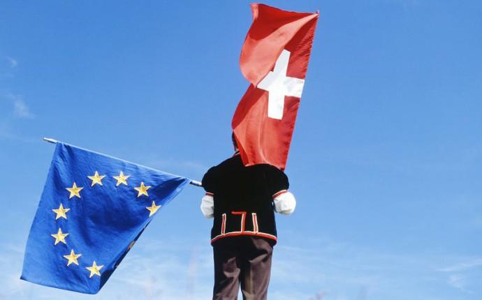 Bilatérales – Politique d'asile: Quelles réponses des partis aux défis de la politique étrangère suisse?